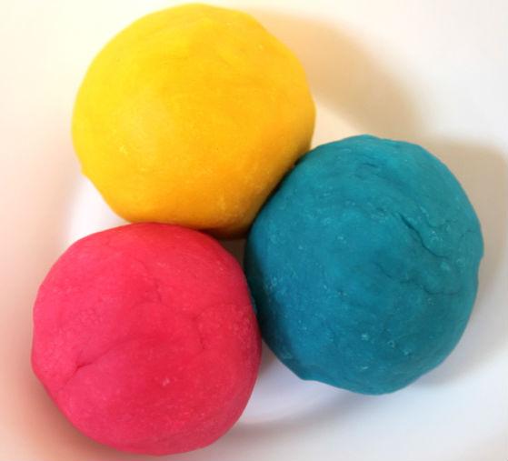 Как сделать тесто разноцветными